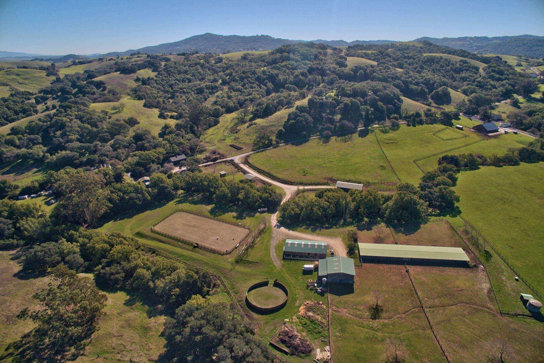 Deer Creek Lane Petaluma Horse Property