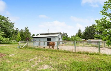 795 Edwards Lane Sebastopol Horse Property 01
