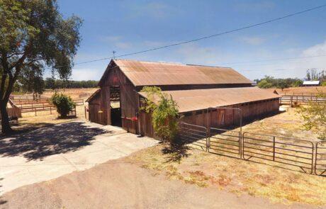 1814 Wood Road Fulton Horse Property