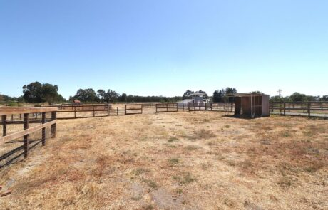 1814 Wood Road Fulton Horse Property Turn Out