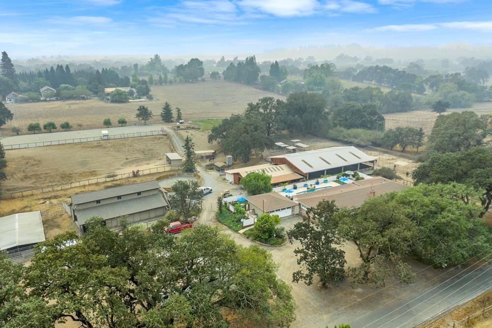 4072 W Olivet Rd Santa Rosa Horse Property 05