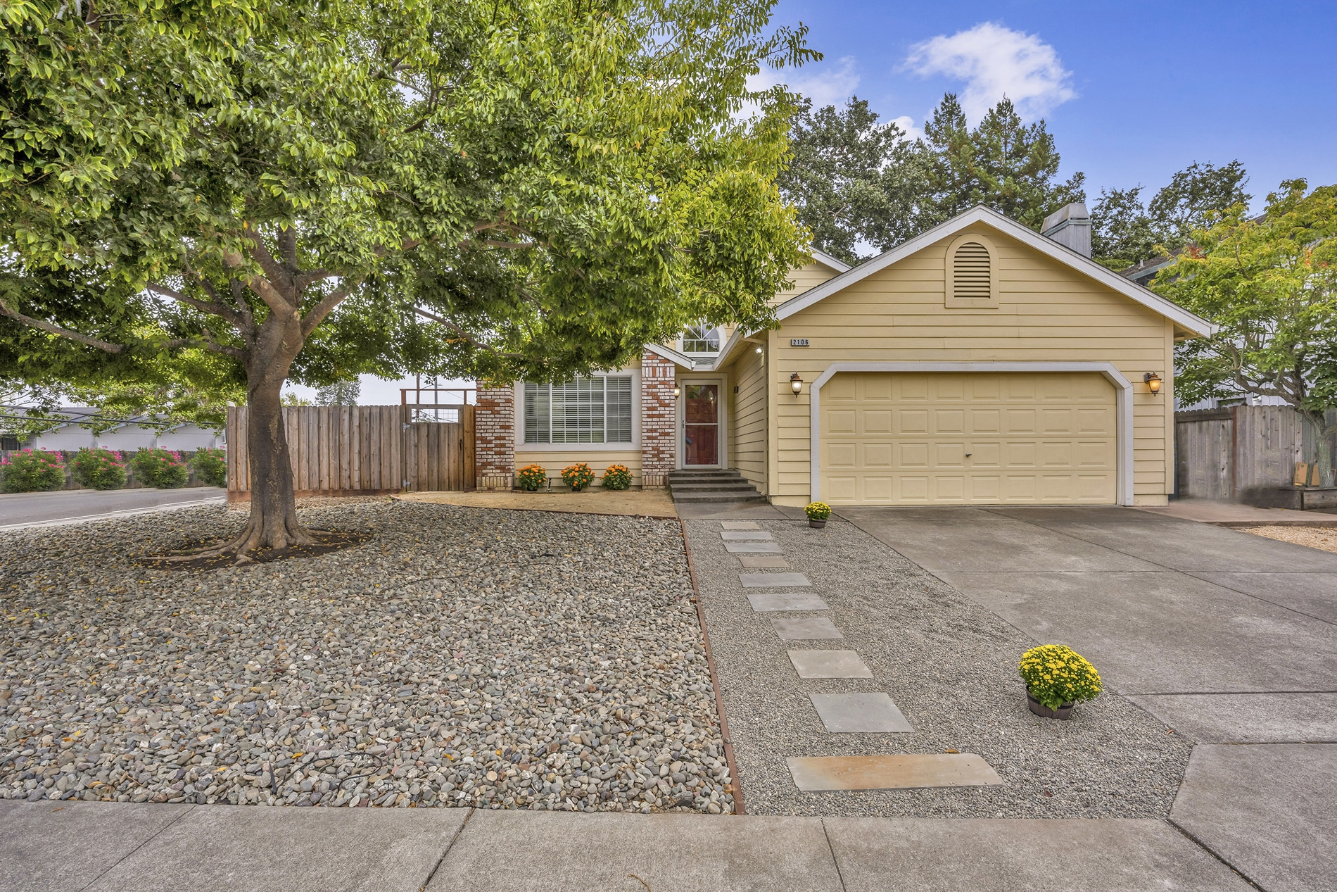 2106 Longhorn Circle Santa Rosa Home