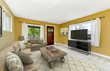 9336 Champs De Elysees Forestville Home